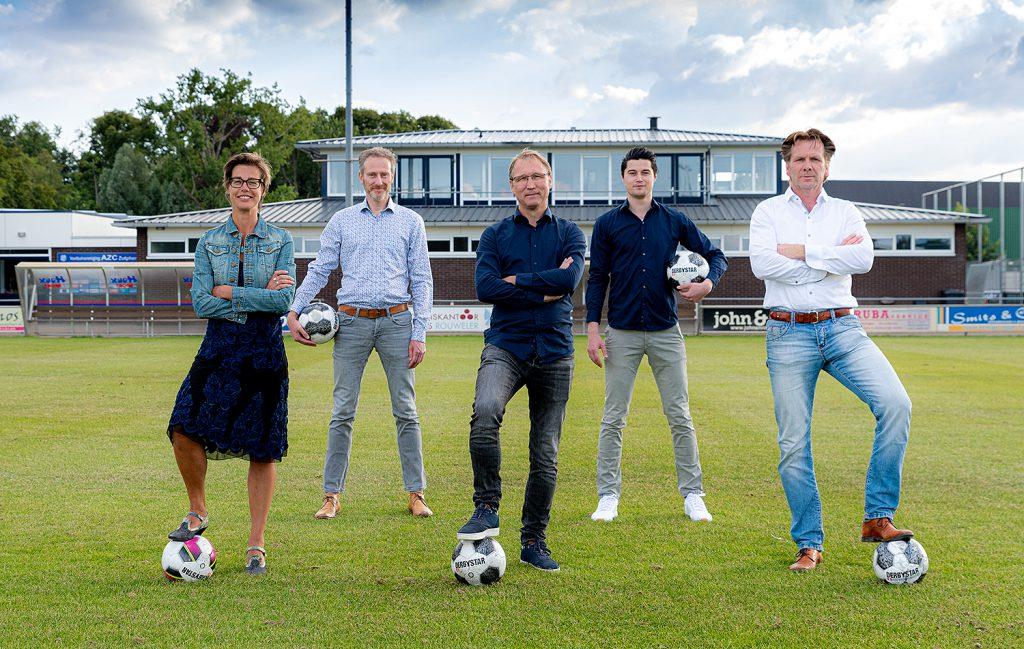 vrijwilligerswerk levert veel op ondernemen voetbalclub